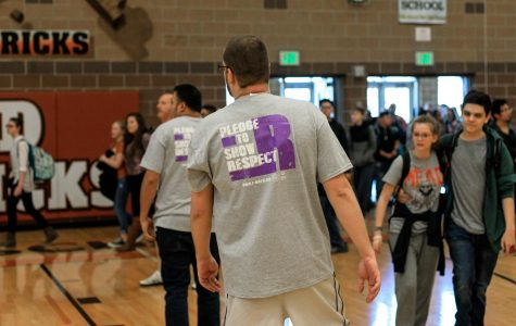 Students and faculty participate in the Spread the Word To End the Word Campaign