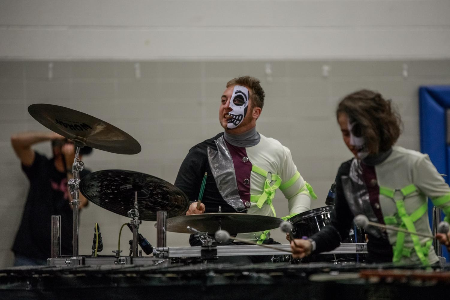 Two+seniors+win+drumline+competition%2C+travel+to+state+and+world+competition+later