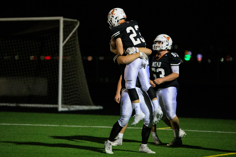 Wachter+celebrates+his+touchdown.