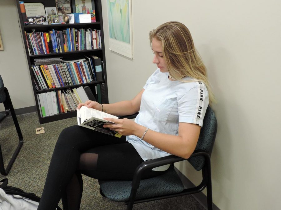 Independent reading becomes a priority in English classes
