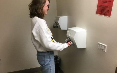 How to run the motion-sensing hand dryers while you pee (Satire)