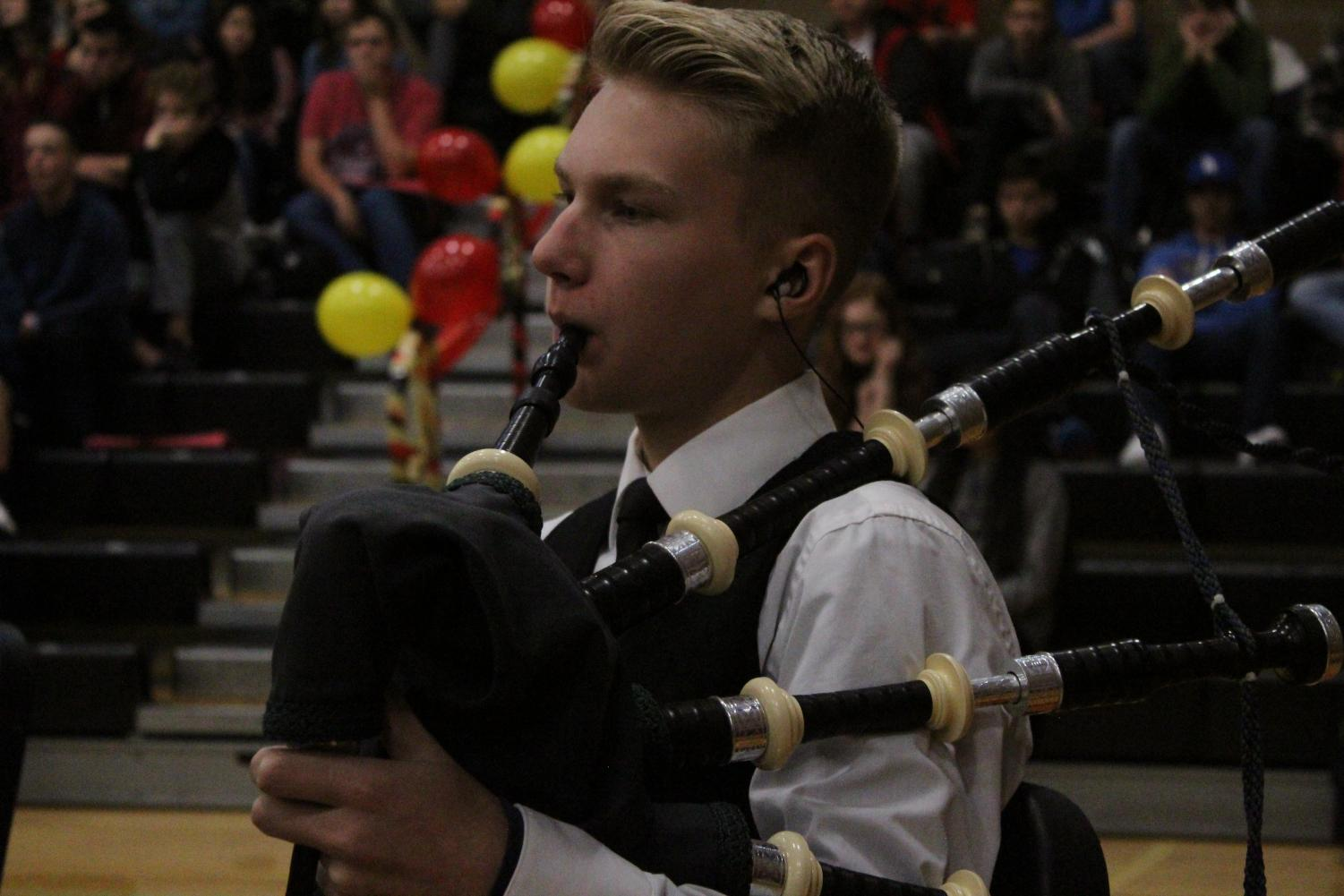 Ashton+Steele+was+able+to+play+the+bagpipes+for+the+whole+school+to+hear.