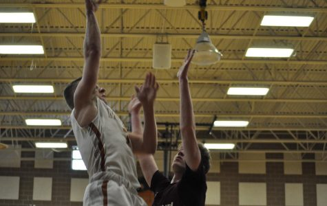 Another win for Mead's boy's Basketball team against Berthoud