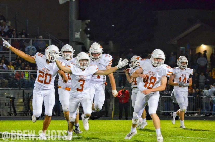 Mead football is currently sitting at a 4-1 record this season. Photo by Ryan Brewster! Check him out @brew.shots on Instagram.